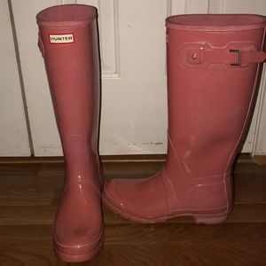 Pink Hunter rain boots. Size 11